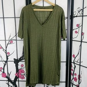 Zara Ribbed Olive T-Shirt Dress V Neck Short Slv